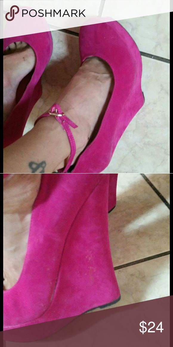Size 9 bright pink wedges cute and I thought I could get away with wearing them a size too big because they have the ankle wrap but and they are definitely too big. It's fun to dress it up when you wear the bright colors. I want them once you realize I had to run from them LOL they are from privileged and the price is firm since I only wear them once. If they're still around any lower when the cooler weather comes although wedges are seasonal friendly Shoes