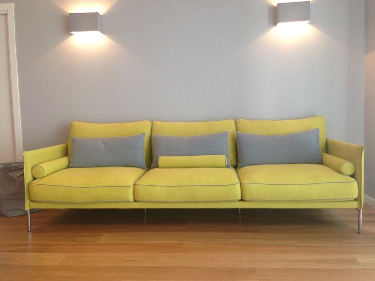 Nostra recente realizzazione divani o su misura. Tessuto interamente sfoderabile 100% lino Designers Guild per nostra cliente di Padova. www.scandaletti.it