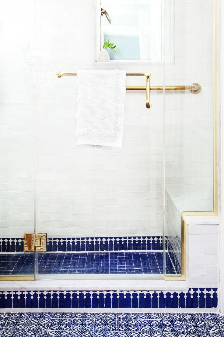 72 best BATHROOMS w/ MH images on Pinterest | Mosaic, Mosaics and ...