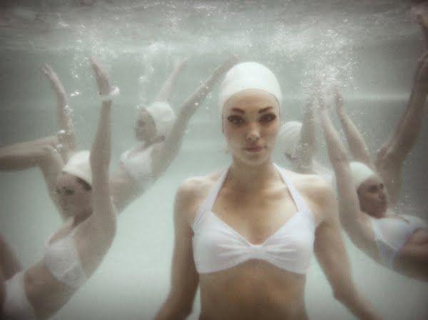 Synchronized (Tamar Levine)