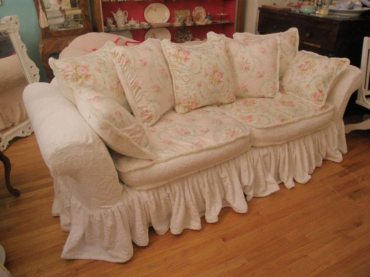 10 best ideas about shabby chic sofa on pinterest shabby. Black Bedroom Furniture Sets. Home Design Ideas