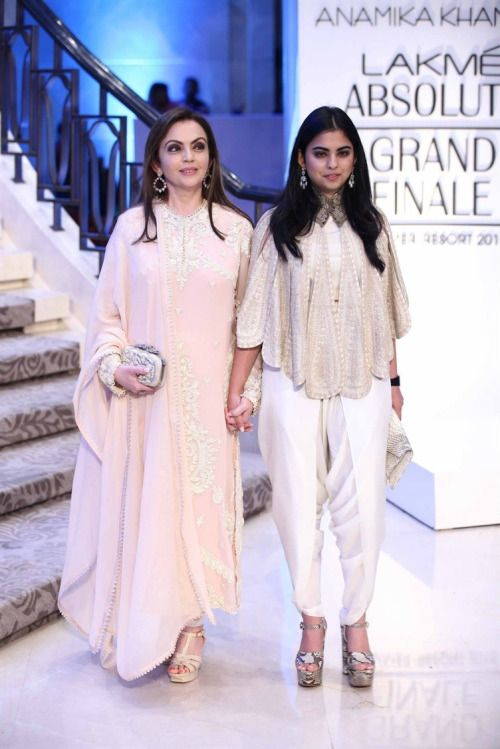 Brides and Wedding ! • LAKME FASHION WEEK 2015 - The Stars and...