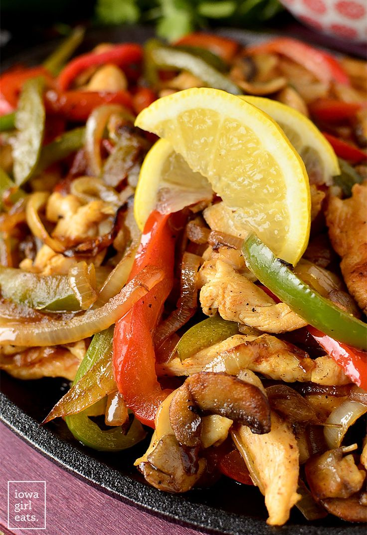 The BEST Chicken Fajitas are incredibly simple with no marinating step ...