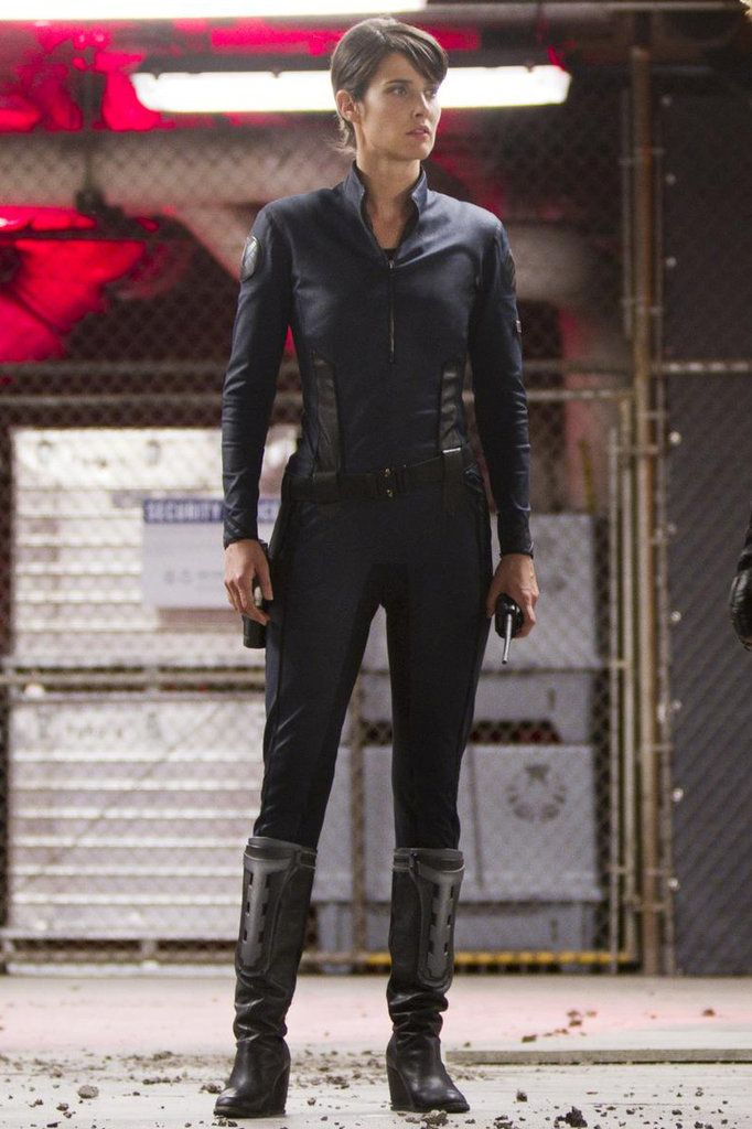 The Avengers Halloween Costume Ideas | POPSUGAR Entertainment Black everything: black boots, black leggings, black motorcycle jacket. Slick back you hair in a low ponytail and put in an earpiece.