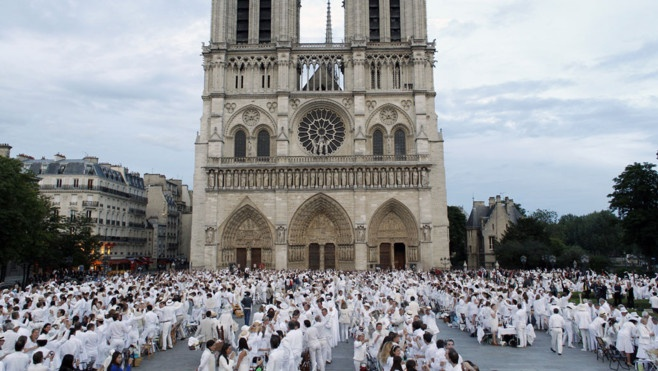 White dinner at the Notre Dame June 14, 2012.