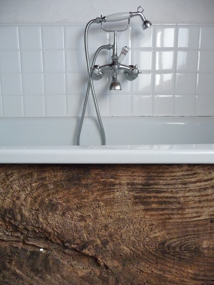 Rustic Wood Bath Surround