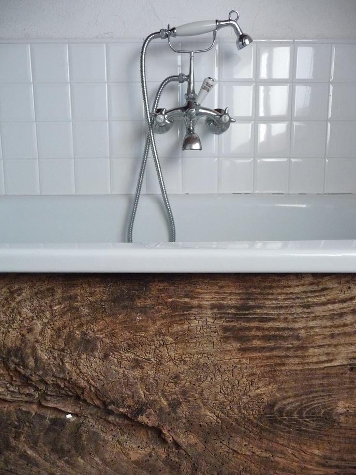 Rustic Wood Bath Surround