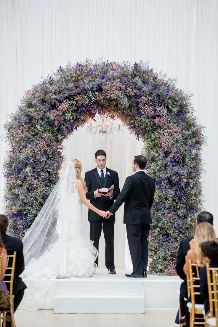 Photography: Olivia Leigh Photographie  Floral Design: Vale of Enna Chicago Wedding
