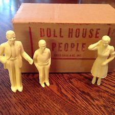 1950's Louis Marx & Co Doll House People~origional Box & Packaging