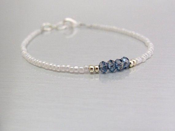 Bracciale amicizia bianco perle di cristallo blu Seed Bead