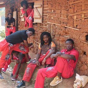 Cameroun - Musique urbaine: X-trem Fusion, Cinq gars dans le vent ! :: CAMEROON