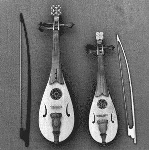 Rebec/rebec // Geige/fiddle