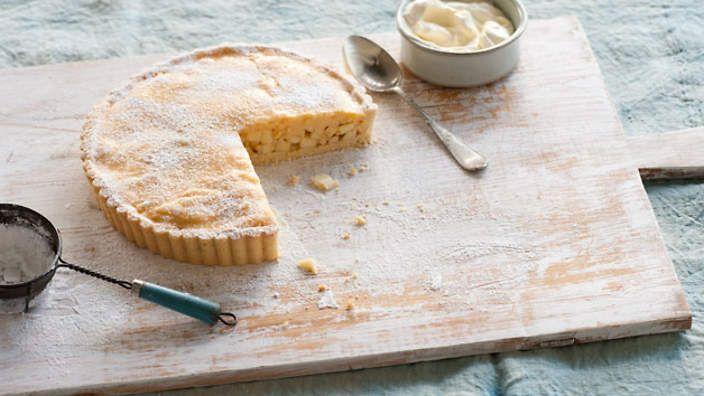 Dutch apple cider tart. Listen to our audio recipe.