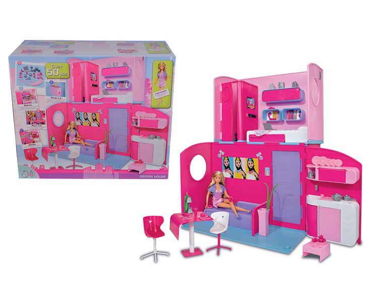 Simba Кукла Штеффи в двухтажном доме  У куклы Штеффи есть двухтажна вилла с шикарными апартаментами. В доме иметс 3 комнаты разного назначени.   Кажда комната обставлена мебель, а на кухне есть посуда и другие столовые приборы.   Игрушка сделана из высококачественного пластика, потому абсолтно безопасна дл ребенка. В комплект входит множество аксессуаров – всего 50 предметов.   Дом можно сложить в форме чемоданчика и брать с собой на прогулку или в дорогу.  Высота куклы Штеффи – 29 см