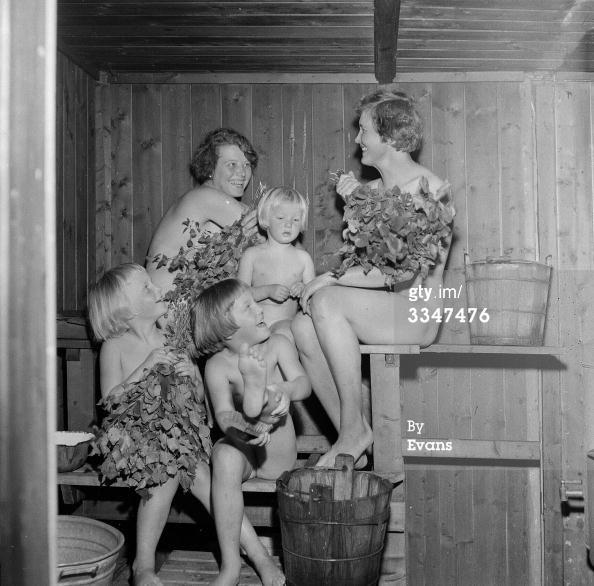 News Photo: Finnish family taking a sauna together   ...I want a sauna!