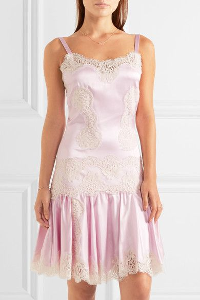 https://www.net-a-porter.com/pl/en/product/753846/Dolce_and_Gabbana/lace-paneled-silk-blend-satin-chemise