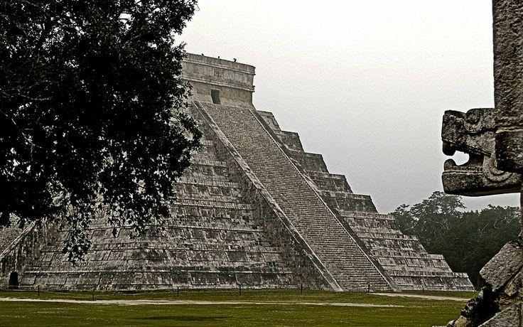 pyramide Maya , chitchen itza, Yucatan, Mexico