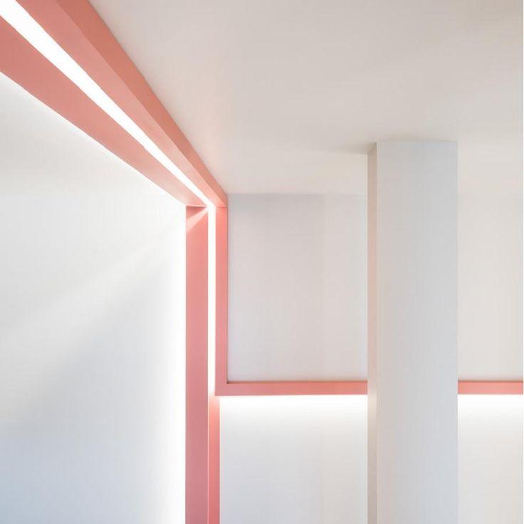 Cornice parete C383 Cornici illuminazione indiretta
