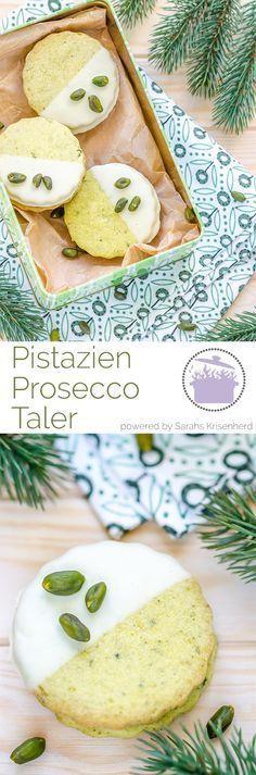 Pistazien Prosecco Taler für die Weihnachtsbäckerei // Pistachio Prosecco Cookies for the Christmas bakery