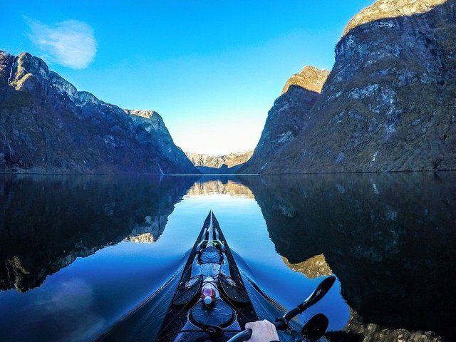 Oszałamiające zdjęcia polskiego fotografa z perspektywy kajaka