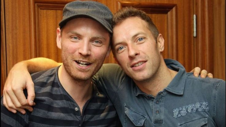 """Polubienia: 864, komentarze: 30 – Coldplay (@coldplaymoments) na Instagramie: """"Jonny thank you for being our best friend for all those years #coldplay #chrismartin #jonnybuckland…"""""""