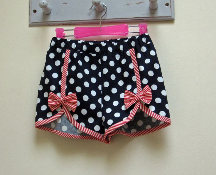 Cute girls shorts sewing pattern, GIDGET SHORTS kids shorts pattern to fit girls 2 to 14 years, toddler to teens shorts pattern by FelicityPatterns on Etsy https://www.etsy.com/au/listing/167006262/cute-girls-shorts-sewing-pattern-gidget