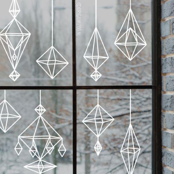 Decoreer je ramen met deze gave himmeli raamtekening, geïllustreerd door Origami Zoo.