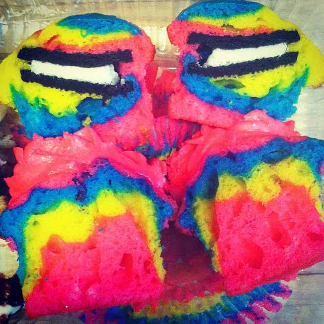 Rainbow Cupcakes with a Surprise Oreo Inside ♥ | Flickr - Photo ...