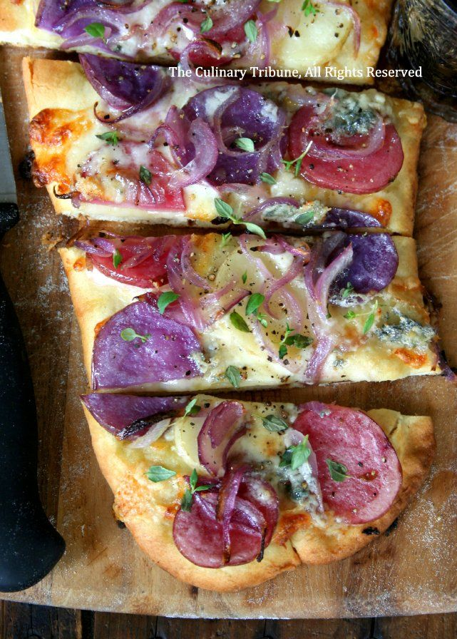 Gorgonzola Potato Pizzaゴルゴンゾーラとポテトのピザ