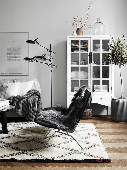 Trendenser - living room corner. Grays. White. Bright. Scandinavian design. Rustic. Industrial.