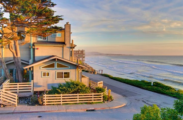 Cypress Inn On Miramar Beach in Half Moon Bay, California | B&B Rental