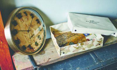 【楽天市場】壁掛け時計【Airoaks [ アロークス ] 】掛け時計|ウォールクロック| OSB合板を文字盤に採用したクールなデザインの掛け時計。電波時計|北欧|おしゃれ|クール|お洒落|可愛い|時計|OSB|木材 [送料無料]:ヒナタデザイン