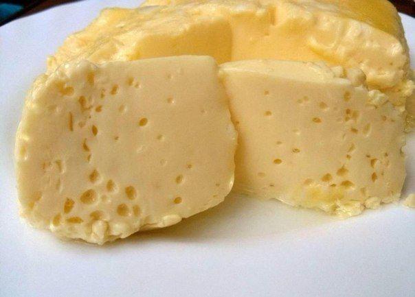 Ингредиенты:  Яйцо куриное — 3 шт Молоко — 2/3 стак. Соль (по вкусу)  Приготовление:  Взбива...