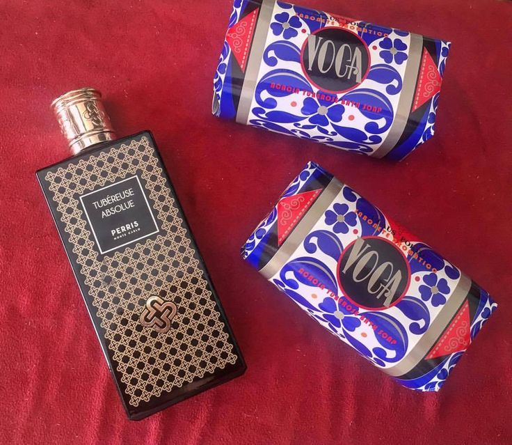 The #tuberose is a night-blooming plant native to #Mexico  #TubéreuseAbsolue Eau de #Parfum is a #feminine perfume by #PerrisMonteCarlo #perris #montecarlo ❤️ #clausporto #soap #acacia #rosinaperfumey #giannitsopoulou6 #glyfada #athens #greece #shoponline : www.rosinaperfumery.com
