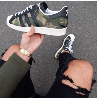 shoes adidas superstars camouflage superstar adidas black white moro adidas superstar green adidas shoes black white sneakers girl girly girly wishlist adidas originals cute camouflage sneaker dope dope wishlist camo sneakers fashion style cool summer trendy boogzel