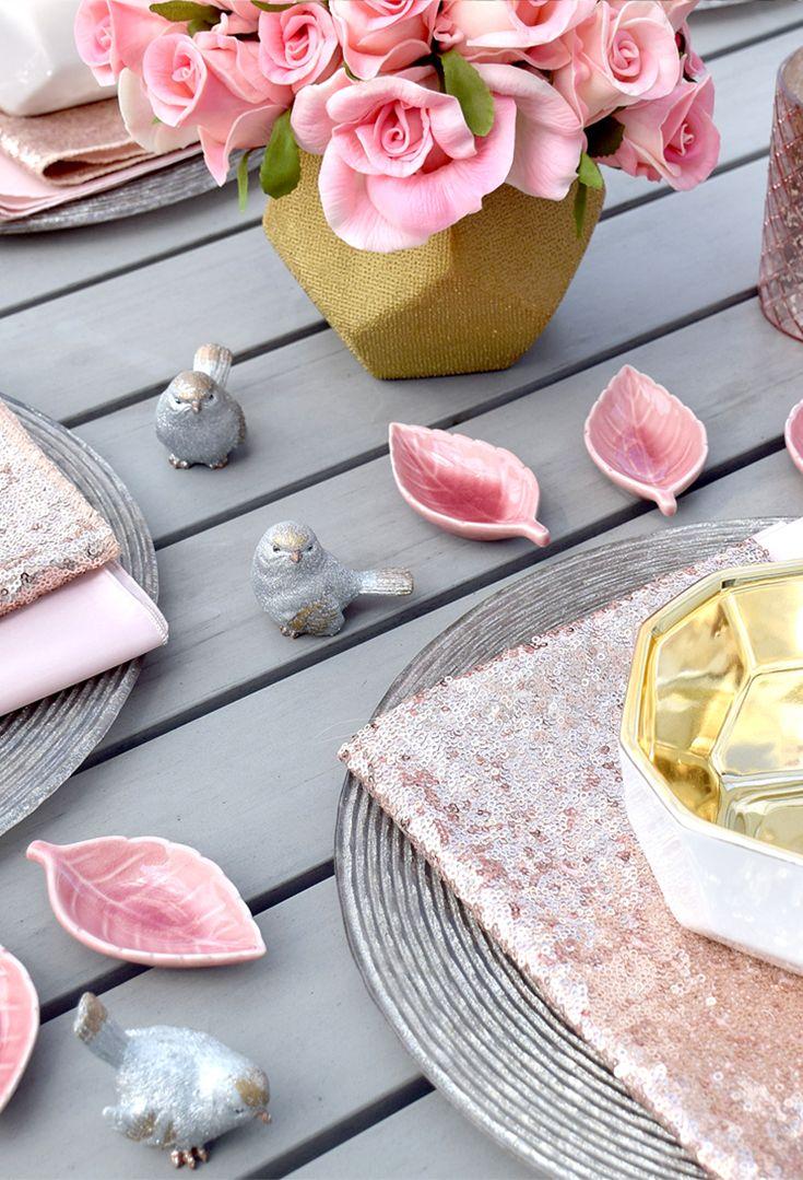 Summer dining decor // Composition Lane #summerdecor
