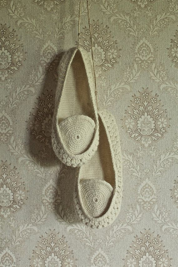Crocheted home slippers from natural white organic wool