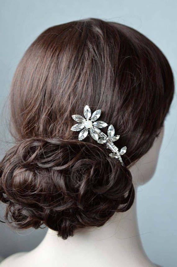 Choose Your Accent Colour -- Vintage Inspired Fancy Cut Crystal Rhinestone Flower Hair Clip, Bridal, Wedding (Sparkle-2832)