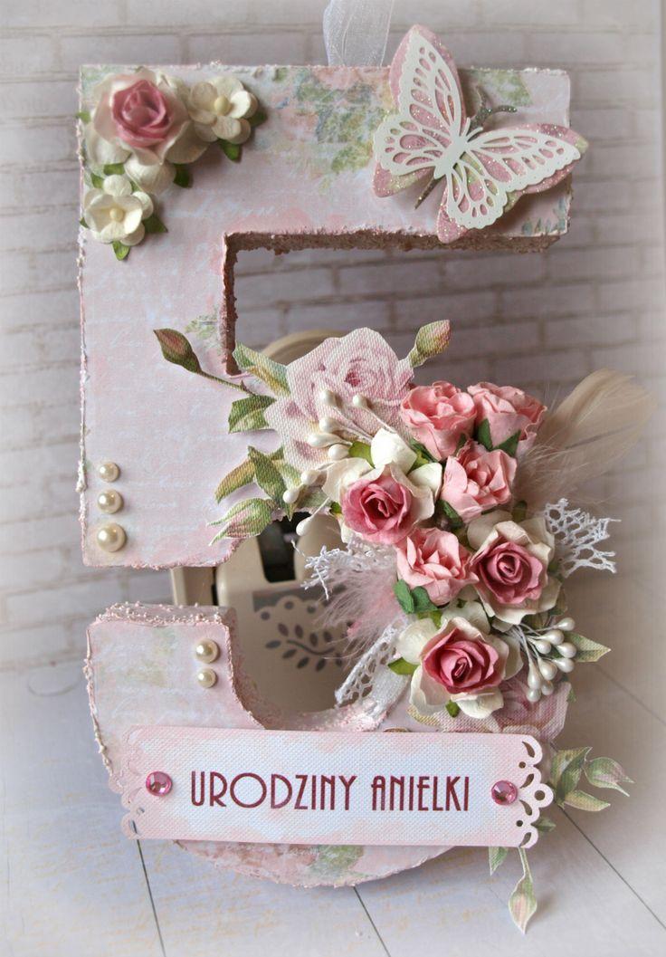 Urodzinowa na specjalne zamówienie Anielki.  Papier Rozalia w ogrodzie ze Studio 75