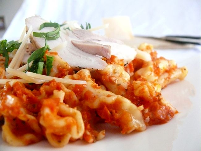 Campanelle all Arrabbiata Rustica con Pollo all Aglio