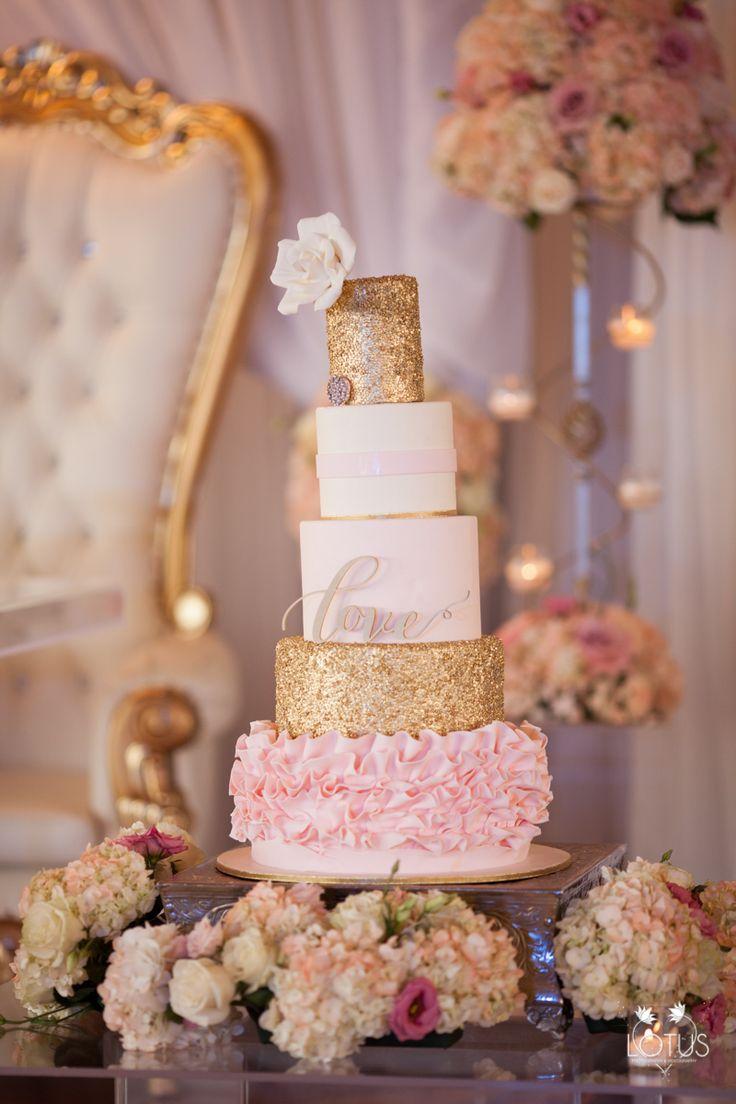 Best wedding cakes long island - Long Island Wedding Photographer Wedding Cake Wedding Photos Larkfield Manor Wedding Photographer Chateau Briand Wedding Photographer