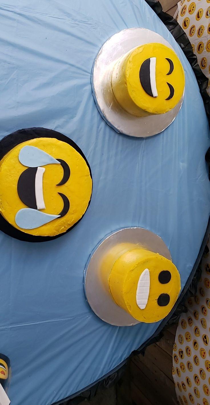 Emoji cake Emoji cake, Cake, Emoji