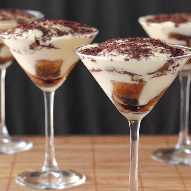 Best 25+ Desserts In A Glass Ideas On Pinterest