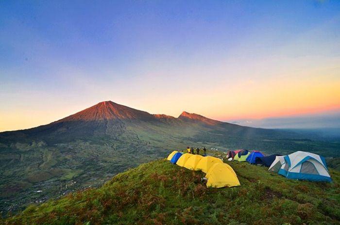 Bukit Pergasingan. Salah satu tempat paling menarik di Sembalun, Lombok #lombok