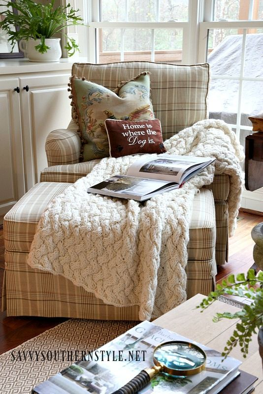 Savvy Southern Style: The Essentials of a Cozy Corner