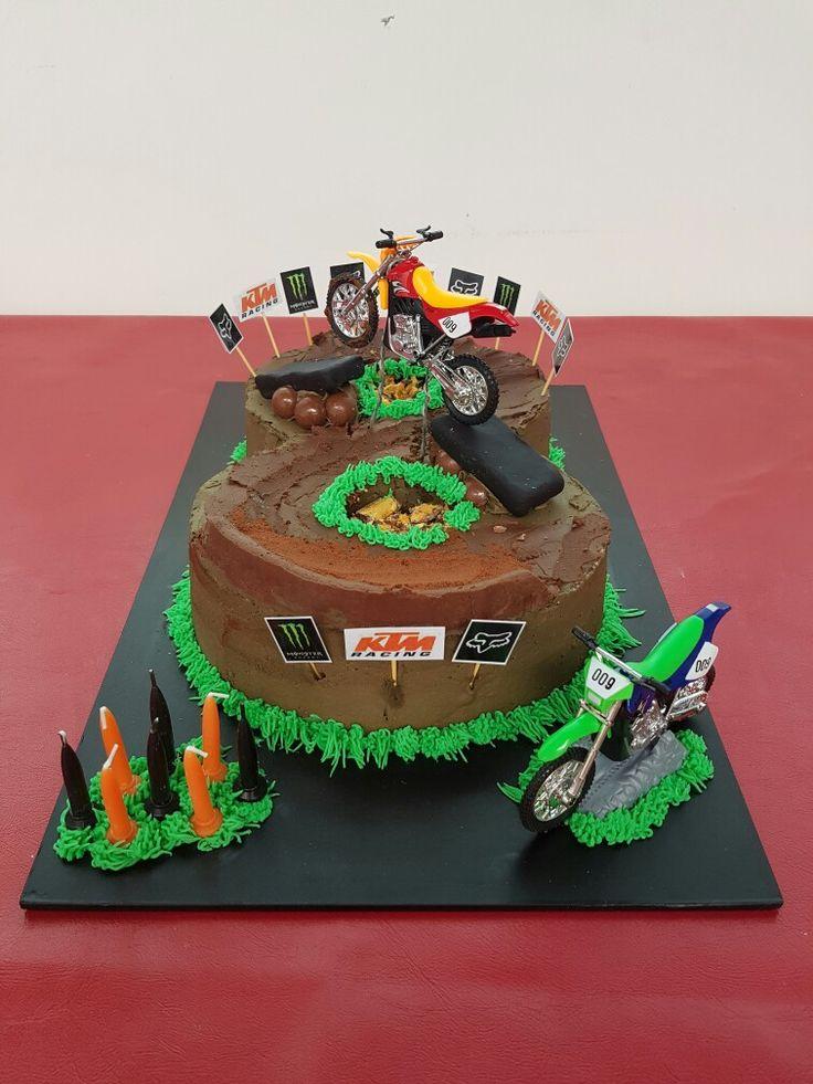 Motorcross cake