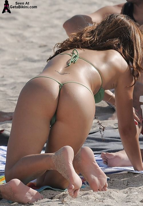 Women like hawaii bikinis thongs add
