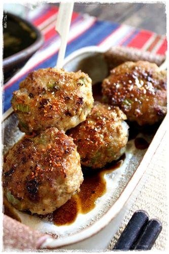 Japanese food / セロリと玉ねぎのつくね Tsukune (Japanese meatball)