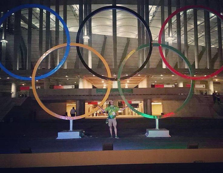 Bora Brasil... Bora baêa... bora bora #rio2016 #alegria #olimpiadas #olimpiadas2016 #brasil #Brasília #selecaoolimpica #selecaobrasileira #pokemongo #picachu #estadio #manegarrincha #voluntariosrio2016 #evs #voluntarios #volunteering #volunteer #futebol #medalhadeouro #amor #paixao