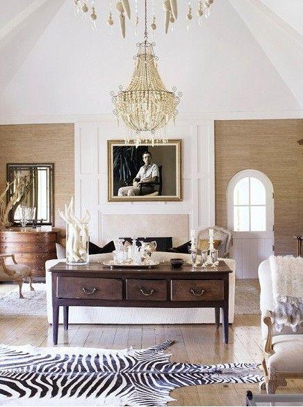 WSH loves how a zebra rug can add spice to a gorgeous neutral room. Via splendid sass.